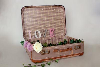 Happily Ever After Hochzeit Verleih Berlin Koffer 4