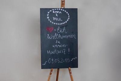 Happily Ever After Hochzeit Verleih Berlin Willkommensschild 1