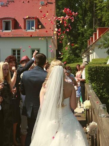 A&J Cafe Wildau Verleih Hochzeitsdekoration Happily Ever After Berlin 15