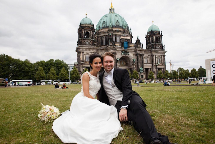 happily-ever-after-hochzeit-dekoration-verleih-berlin-brautpaarshooting-landhaus-hubertus-fotoblog-i-d