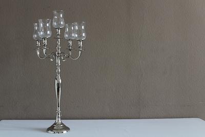 Happily Ever After Hochzeit Verleih Berlin Kerzenleuchter 5arm mit Glasaufsätzen